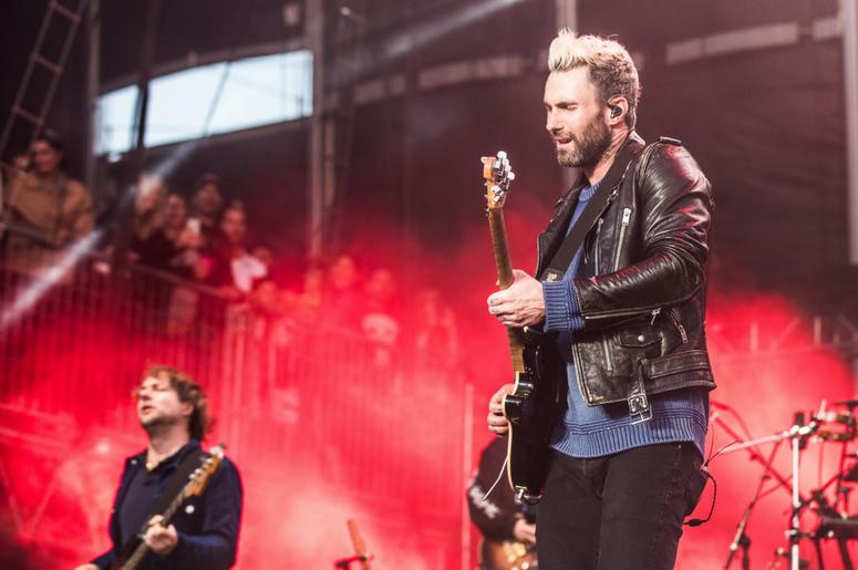 Adam Levine and Mickey Madden of Maroon 5