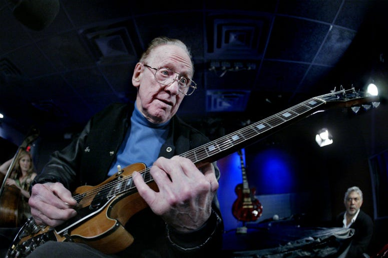 Les Paul plays a signature Les Paul Recording electric Gibson guitar during an extended sound check at the Iridium Jazz Club in New York City on May 30, 2005.