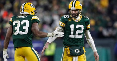 Aaron Rodgers, Aaron Jones, Green Bay Packers