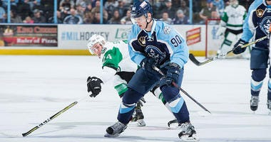 Admirals keep pace with 5-3 win over Texas