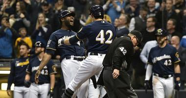 Brewers beat Cards 10-7 on Jackie Robinson Day