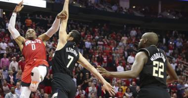 Bucks battle back for 117-111 win in Houston