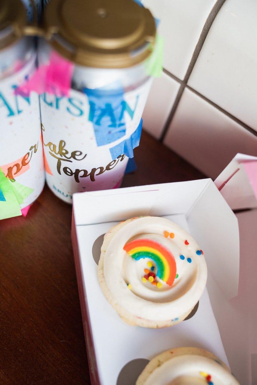Cake Topper Pride Box