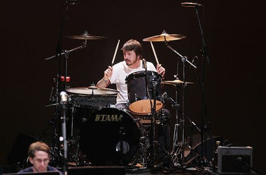 Dave Grohl on drums 2015