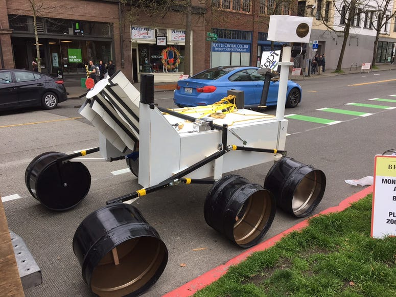 March for Science Creativity - Curiosity Rover