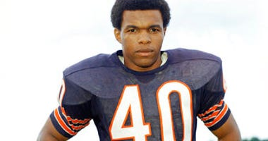 FILE - This is a 1970 file photo showing Chicago Bears football player Gale Sayers. (AP Photo/FIle)