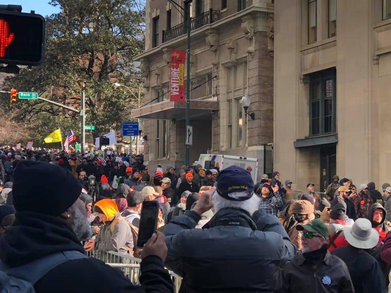 Crowd on Ninth Street during Gun-Rights Rally at State Capital on Janaury 20, 2020. (Matt Demlein, WRVA)