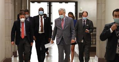 Kevin McCarthy wearing mask