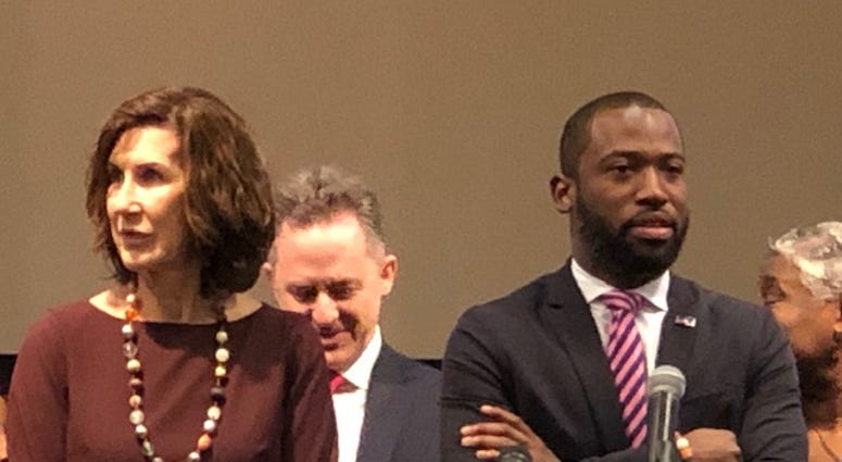 Leslie Haley of the Chesterfield County Board of Supervisors and Richmond Mayor Levar Stoney prepare to discuss coronavirus on Friday, March 13, 2020. (Matt Demlein/News Radio WRVA)