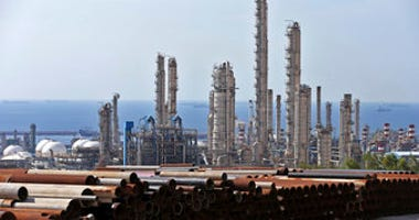 This Nov. 19, 2015 file photo, shows a general view of a petrochemical complex in the South Pars gas field in Asalouyeh, Iran, on the northern coast of Persian Gulf.  (AP Photo/Ebrahim Noroozi)