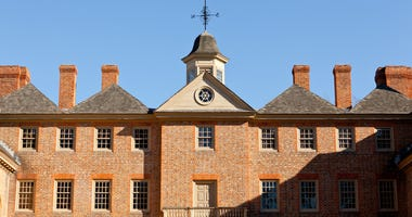 Front of William and Mary College on December 30, 2011. © Steveheap | Dreamstime.com