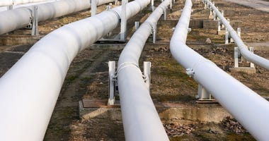 Bill limiting pipeline costs to ratepayers advancing. (Dreamstime)