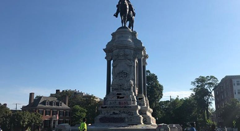 The Lee Monument on the morning (June 3, 2020) that Governor Ralph Northam ordered it removed.  (Matt Demlein, WRVA)