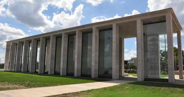 Virginia War Memorial in Richmond, Virginia. © Ritu Jethani | Dreamstime.com