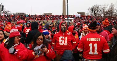 0205_ChiefsParade_001.jpg