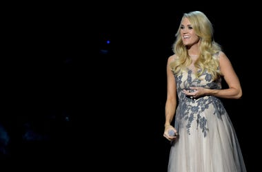 Pregnant Carrie Underwood performs at 49th Annual CMA Awards in Nashville