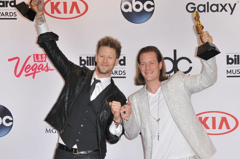 Florida Georgia Line Billboard Music Awards 2015