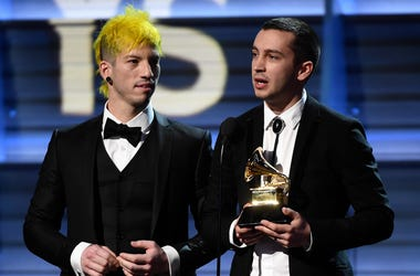 Josh Dun (L) and Tyler Joseph of Twenty One Pilots accept the Best Pop Duo/Group Performance award
