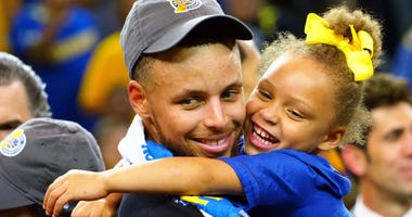 Stephen Curry, Riley Curry