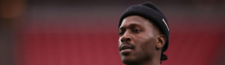 Antonio Brown sounds off after drawing $54K in fines from Raiders