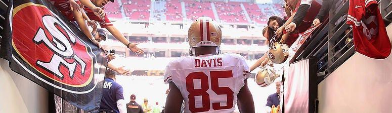 Vernon Davis: 'I'll forever be a 49er at heart'