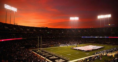 Oakland Raiders: The end of talking about the end