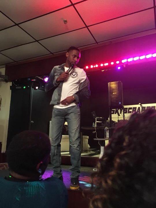 Kountry Wayne on Stage