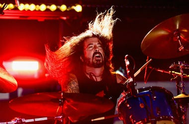 Dave Grohl performs onstage during 2018 LACMA Art + Film Gala