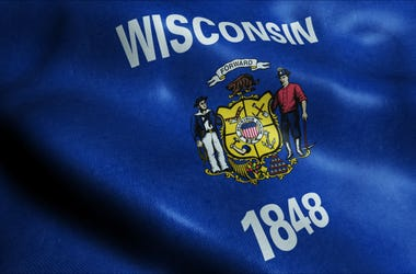 wisconsin flag fly
