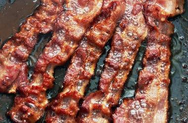 bacon sizzle
