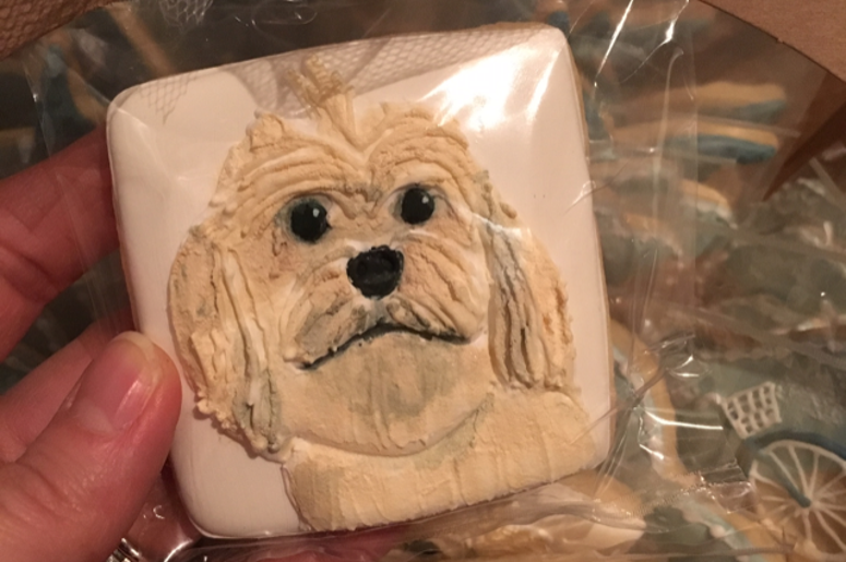 Dog photo on cookie