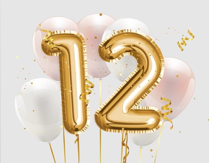12 balloon