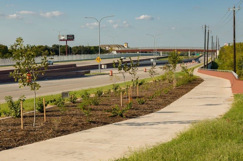 183 South Expressway