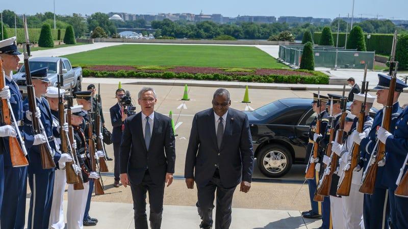 U.S. Defense leaders see NATO summit as way to strengthen ties