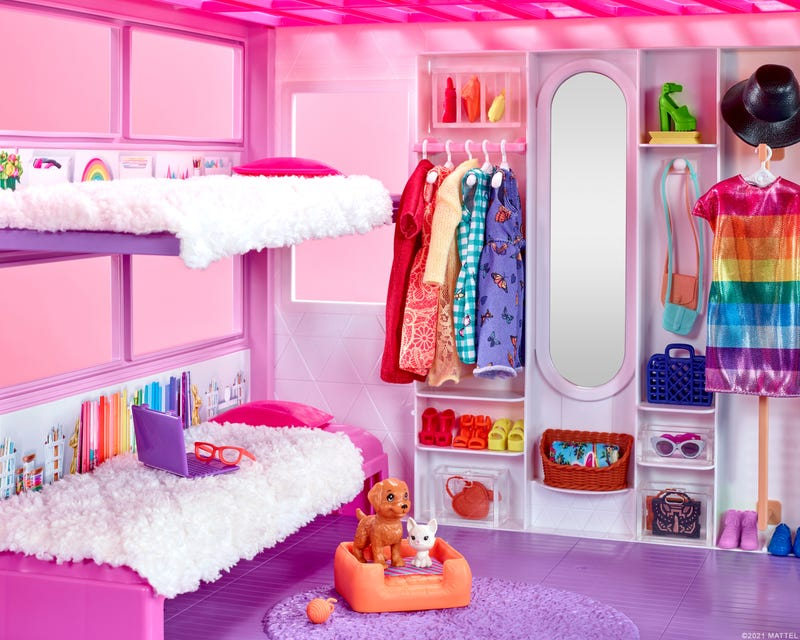 """""""The Home Edit"""" styles the new Barbie DreamHouse"""