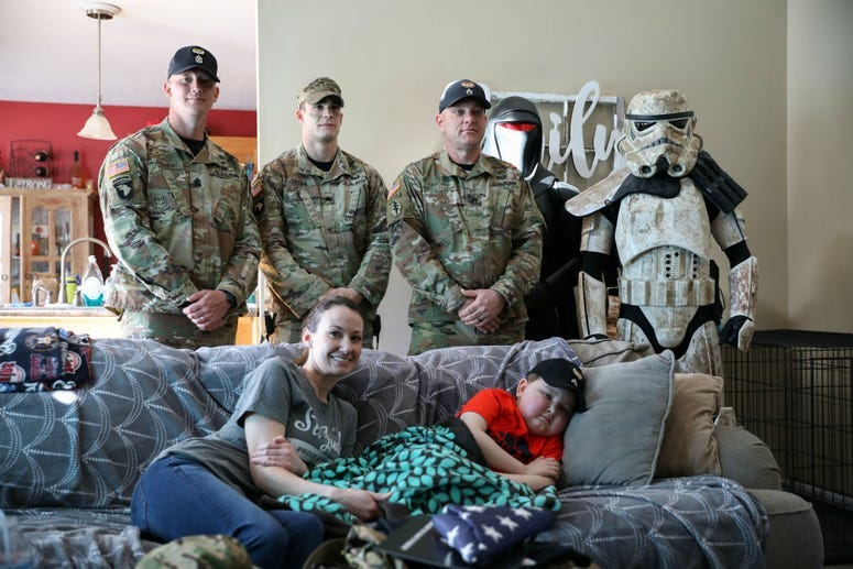Army soldiers help Make-A-Wish kid Braxton Fuqua dream come true.
