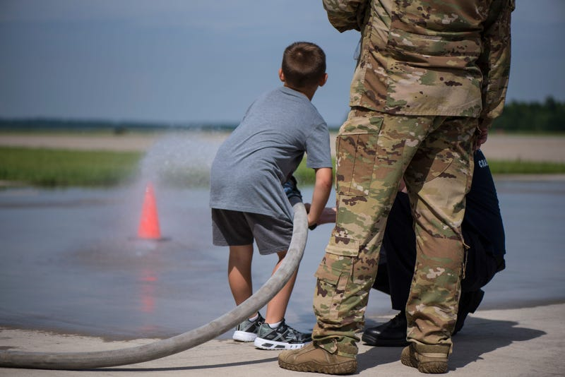 """""""Take your kid to work day"""" at the 179th Airlift Wing"""