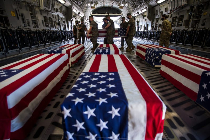Remains of Marines, Sailor with 15th MEU transferred to Dover AFB