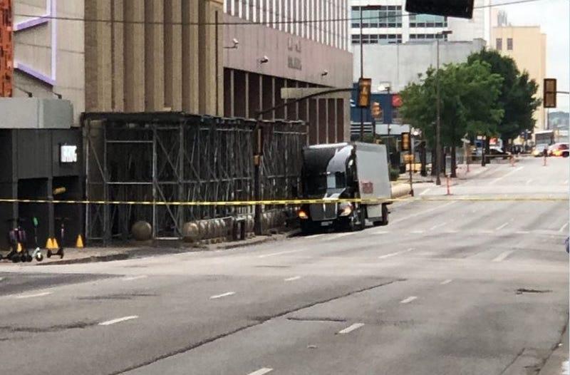 Dallas Suspicious Truck