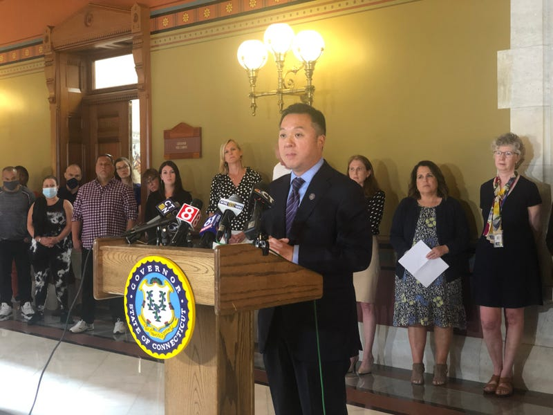 Connecticut Attorney General William Tong announces huge settlement with painkiller distributors and Johnson & Johnson, 7/21/21