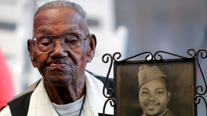Oldest U.S. veteran of WWII celebrates his 112th birthday