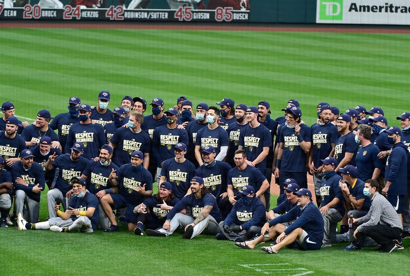Sep 27, 2020; St. Louis, Missouri, USA; Milwaukee Brewers pose for a photo after clinching a postseason spot after a game against the St. Louis Cardinals at Busch Stadium. Mandatory Credit: Jeff Curry-USA TODAY Sports