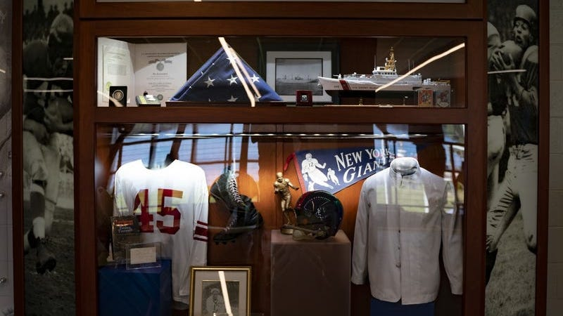 Coast Guard vet, first Black Football Hall of Fame inductee honored