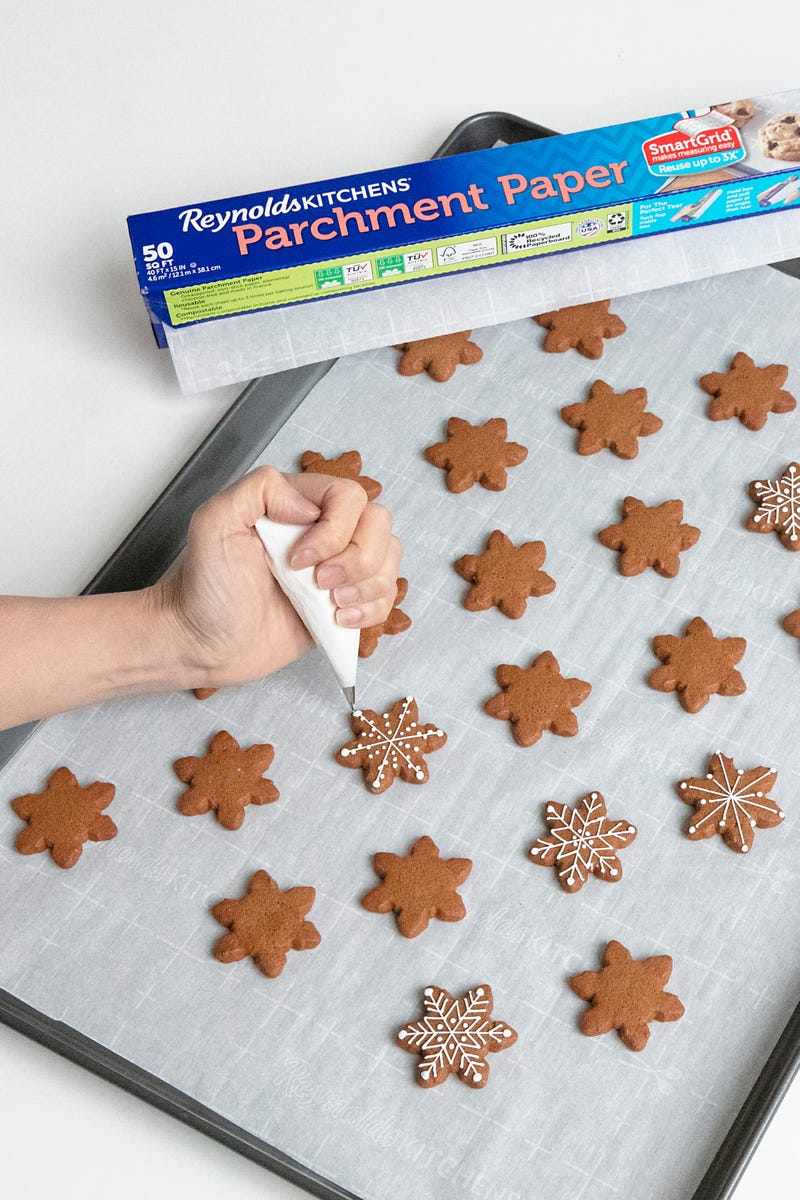 Making gingerbread snowflakes