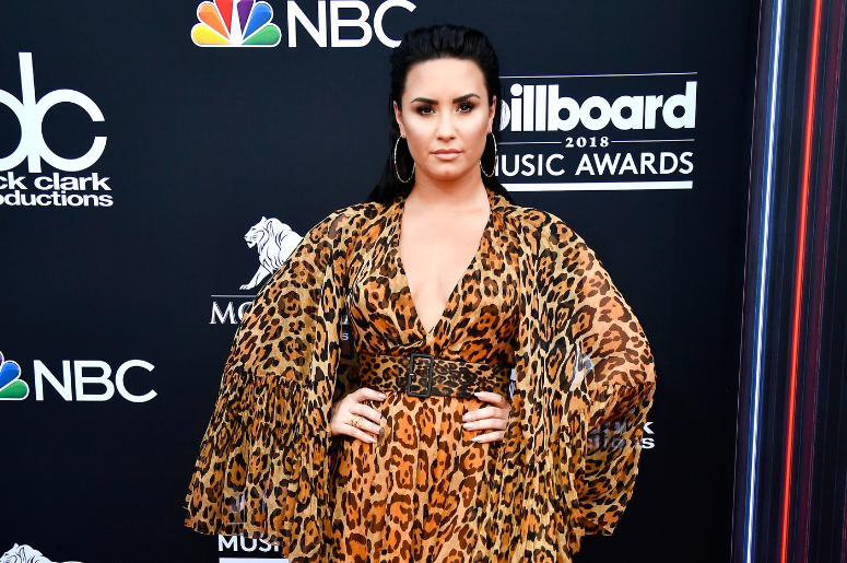 Demi Lovato arrives at 2018 Billboard Music Awards