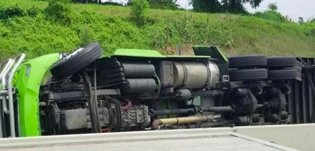 Back-to-back crashes close stretch of Pa. Turnpike