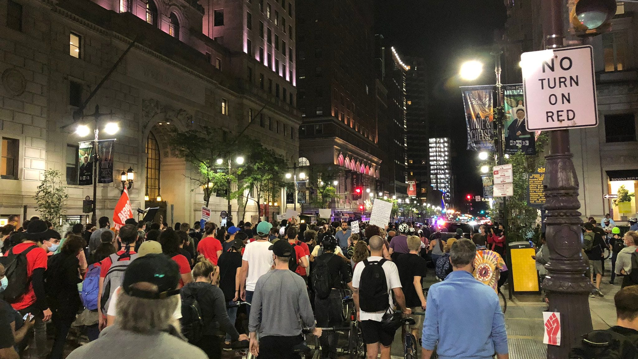Philly protesters call for police reform following grand jury decision in Breonna Taylor case