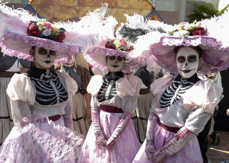Dia de los Muertos celebration in Los Angeles