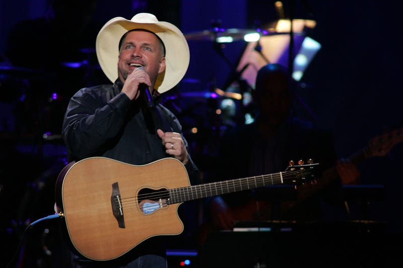Garth Brooks performs onstage at the Dream Concert presented by Viacom at Radio City Music Hall on September 18, 2007