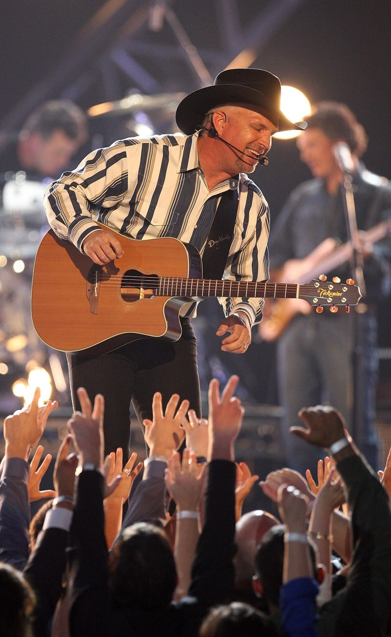 Musician Garth Brooks performs onstage during the 43rd annual Academy Of Country Music Awards held at the MGM Grand Garden Arena on May 18, 2008